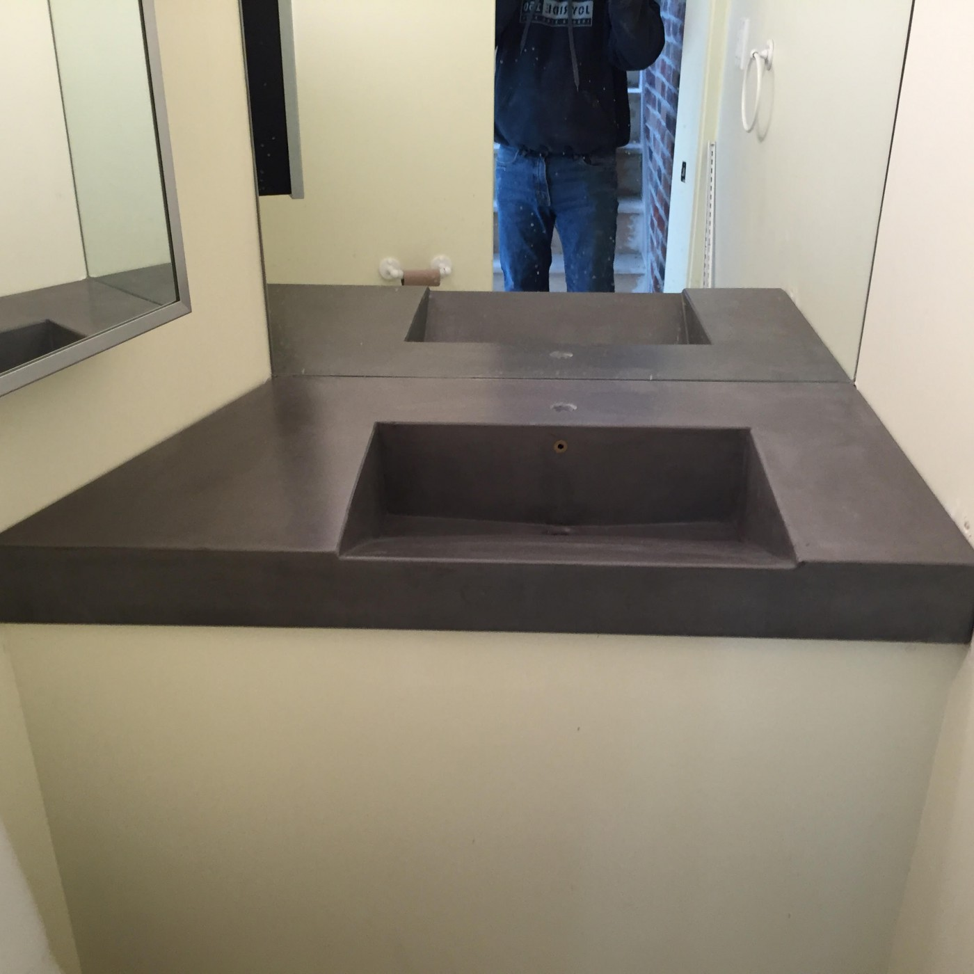 Custom Fitted Ramp Sink